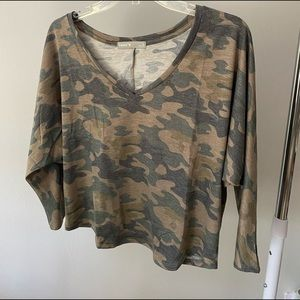 cropped camo top